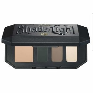 Shade & Light Eyeshadow Palette - Sage